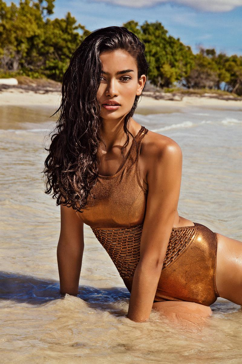 kelly gale photo